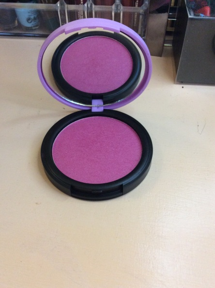 Good size blush with a mirror round compact.